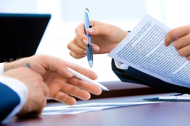 wady i zalety umowy o pracę